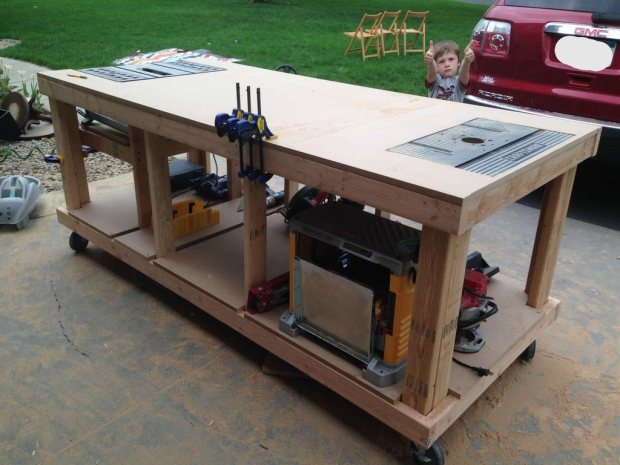 Has anyone built a DIY router lift and table - Page 3